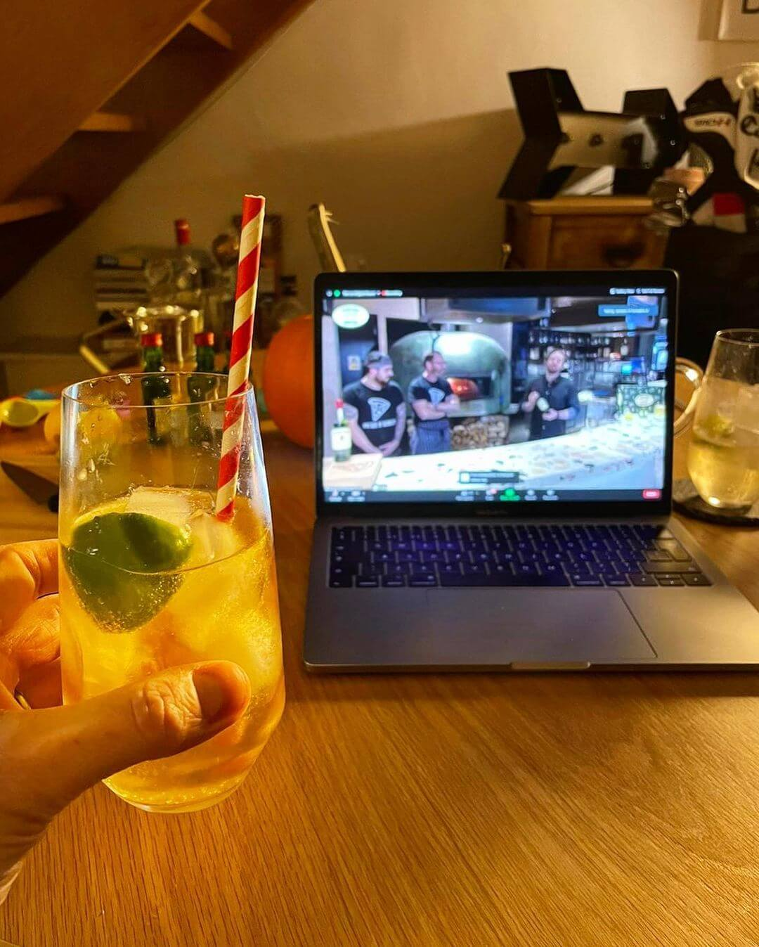 Pizza and cocktail night (via zoom)